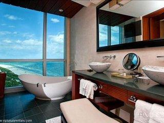 5 star 2 Bedroom Bal Harbour unit- Ritz Carlton