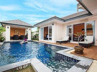 Tropical 2 bed villa 100m to beach, Ko Samui