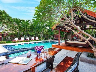 5 bed villa with pool 1km from beach, Jomtien Beach