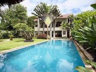 Spacious 5 bed villa 400m to beach, Jomtien Beach