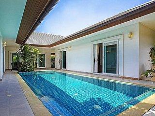Rossawan Pool Villa - 3 Bed, Bang Lamung