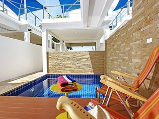 Beachside 2 bed villa at Bangsaray, Na Chom Thian
