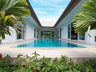Villa Kalasea - 3 Beds, Bang Lamung