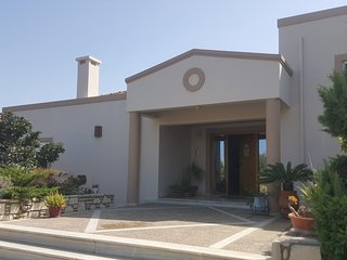 Villa, Kos Town