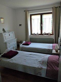 Troisième chambre,deux lits une personne