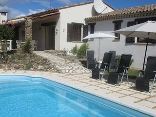 St Genies holiday villa South France with private pool sleeps 6, St Genies de Fontedit