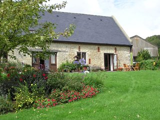 Knighton Barn Cottage, rural, peaceful location.