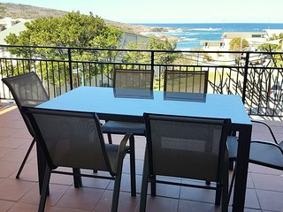 The Mainsail  Ocean views retreat in Boat Harbour, Port Stephens