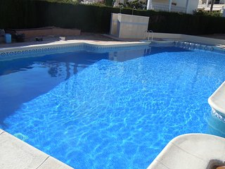 6 Beds = 1 X 4 Bed Villa & 1 x 2 Bed House  + 2 Pools- Villamartin / Los Dolses