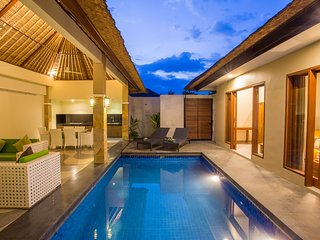 Villa Destino, 2 bedrooms Villa with private pool - Seminyak