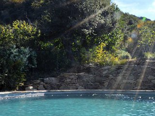 Rural Farmhouse in Languedoc with pool & jacuzzi
