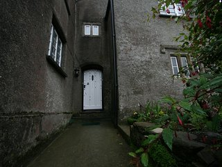 Nearly by the sea; self catering holiday let, Cawsand