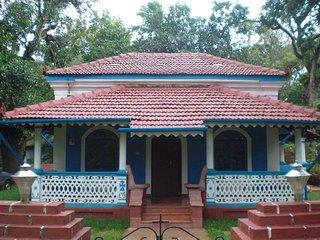 Charming Goan/Portuguese villa with garden., Aldona