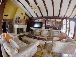 Alquilo gran suit en la casona de albaida 2 dormitorios,salon,baño y  nevera,tv, Albaida