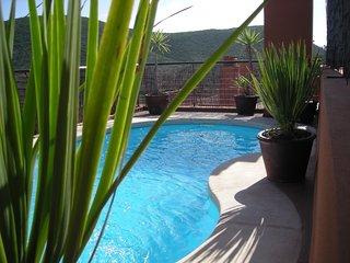 Atico con piscina privata, Roca Llisa