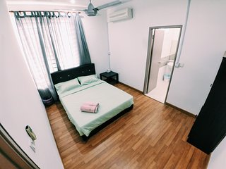 Sweethome Homestay Deluxe Double Room, Sepang