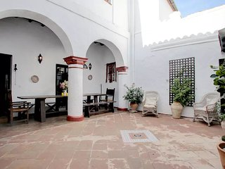 4 Apartments in a beautiful historic town house., Jimena de la Frontera