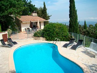 Villa très calme, piscine privée, vue superbe, Cabris