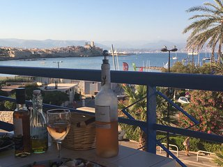 App( 4P), spectacular seaview  Antibes, at beach, Juan-les-Pins