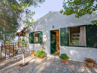Katina Cottage (near Loggos, Paxos)