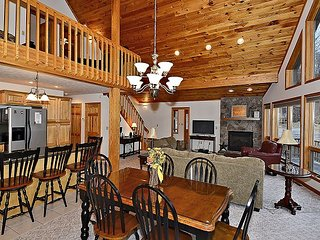 Look no further for your Mountain Serenity retreat located in Aspen Knoll.
