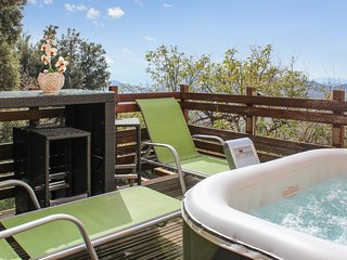 Modern flat in Barbaggio, Haute-Corse, with incredible views of the sea and mountains - with Jacuzzi !
