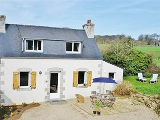 Immaculate and luminous cottage in Brittany with garden, Internet, 15mn from the sea, Tremel