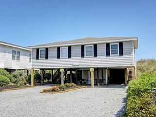 Sea-cret Hideaway Oceanfront, Beach Unit -S, Topsail Beach