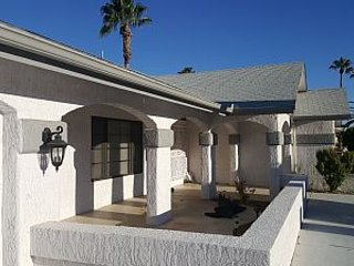 Spacious 2 bedroom in Sun City West