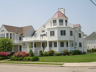 CAPE MAY, LUXURY, OCEAN VIEWS, STEPS TO BEACH