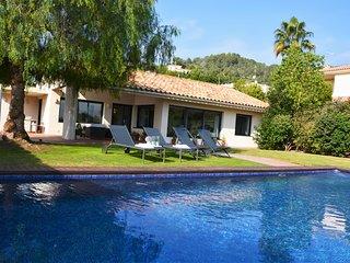 Villa Golf Sitges Vue incroyable. High Design. Plein Pied. Grande Comodite.