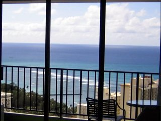 Magnificent Ocean View Penthouse Condo in Waikiki