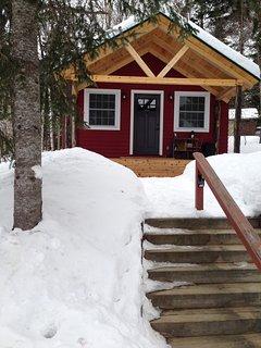 Fully winterized cozy cabin.