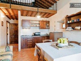 Borgo Dolci Colline Granaio