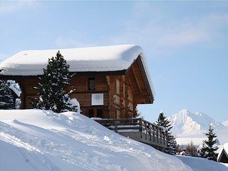 Chalet Les Cleves, luxury ski-in/ski-out rental, Haute-Nendaz