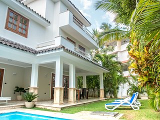 Villa -B- own pool Los Corales Beach, Amali Real Estate, Bávaro