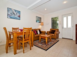 Fremantle Townhouse u/5