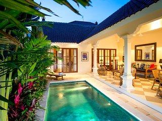 Villa Antiga 2BR: Relax in style in Seminyak Bali