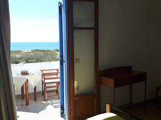 Naxos beachfront studios  for 3