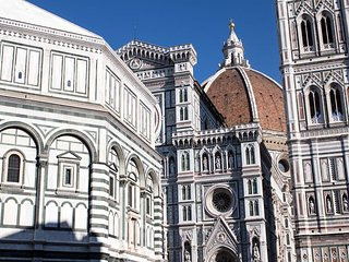 Florence  bright apartment with view on Uffizi Gallery