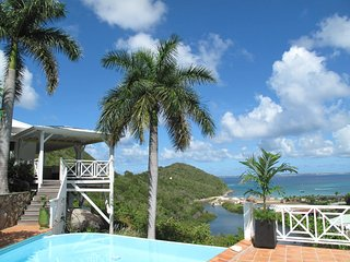 CASA BRANCA... a gorgeous tropical hideaway! Very private and quiet with lush, Anse Marcel