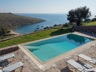 Aegina Kleidi Villa I, private pool villa, up to 8 guests, near Klima beach