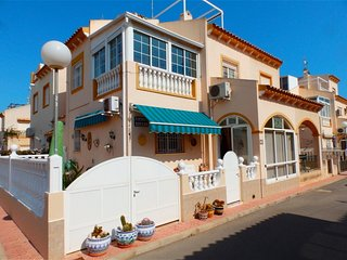 Villa in Torrevieja South, near La Zenia Boulevard