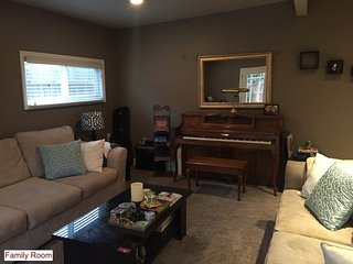 Furnished 3-Bedroom Home at Pine St & North N Street Livermore