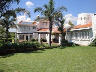 Villa Sardinia Guest House, Midrand