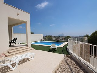 Calpe: Wonderful Modern 3 bedrooms Villa with private pool and sea view