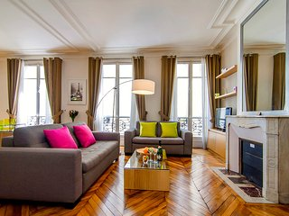 Saint Germain Saint Sulpice, Sleeps 4