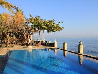 The Ning Beachfront Villa Bali, Kubutambahan