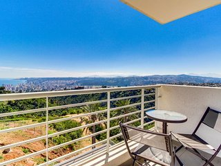 Quiet, cozy condo boasts shared pool and incredible views of the city & ocean