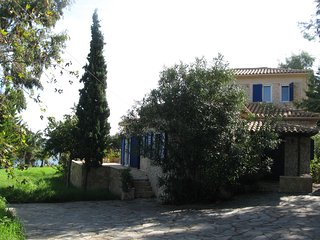 Sea Views Villa, Truly Mediterranean, Tragaki